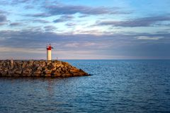 多伦多,加拿大- 2018年10月25日:散步公园和小游艇船坞日落的,多伦多,加拿大 免版税图库摄影