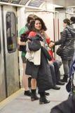 多伦多,加拿大 2014年1月12日-数百人民没有在多伦多结果加入裤子地铁乘驾 库存照片