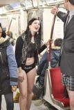 多伦多,加拿大 2014年1月12日-数百人民没有在多伦多结果加入裤子地铁乘驾 库存图片