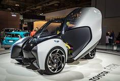 多伦多,加拿大- 2018-02-19 :丰田在丰田Motor Corporation博览会显示的i-TRIL概念在2018年 免版税图库摄影