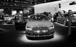 多伦多,加拿大- 2018-02-19 :在2018加拿大人的林肯Motor Company博览会显示的林肯MKZ轿车 库存照片
