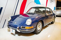 多伦多,加拿大- 2018-02-19 :1964年保时捷911 2 在2018加拿大国际性组织A的AG保时捷博览会显示的0辆小轿车 库存照片