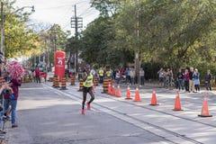 多伦多, ON/CANADA - 2017年10月22日:加拿大马拉松运动员瑟米 图库摄影