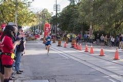 多伦多, ON/CANADA - 2017年10月22日:加拿大马拉松运动员马特 免版税库存图片