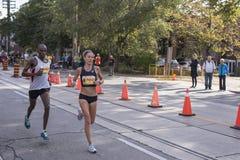 多伦多, ON/CANADA - 2017年10月22日:加拿大马拉松运动员Lynd 库存图片