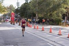 多伦多, ON/CANADA - 2017年10月22日:美国马拉松运动员亚历山大 图库摄影