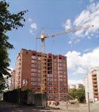 多公寓的建筑 免版税库存照片