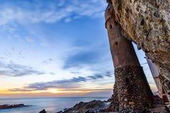 维多利亚在日落的海滩城堡 库存图片