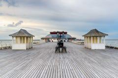 维多利亚女王时代的海边码头 库存图片