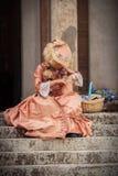 维多利亚女王时代的礼服的夫人 库存图片