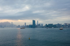 维多利亚港口和香港地平线  库存图片