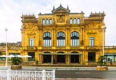 维多利亚Eucenia剧院外部  圣塞巴斯蒂安 库存图片