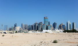 多哈地平线。卡塔尔 库存照片