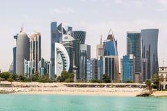 多哈,卡塔尔地平线  现代富有的中东城市 免版税图库摄影