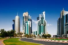 多哈Corniche是江边散步在多哈,卡塔尔 免版税库存图片