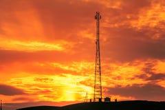 多孔的通信中转的塔 免版税库存照片