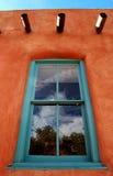 多孔黏土视窗 免版税库存图片