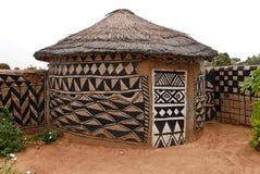 多孔黏土非洲人小屋 库存图片