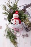 多孔黏土背景圣诞节创建了装饰以图例解释者照片 免版税图库摄影