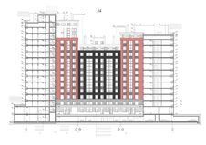 多层的大厦详细的体系结构计划与井下电机车库停车处的 短剖面看法 传染媒介图纸 图库摄影