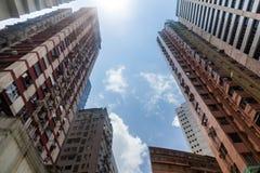 多层的居民住房在大城市 免版税图库摄影