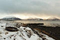 多岩石的海滩在挪威 免版税库存图片