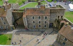 多弗,肯特,英国- Augusut 18日2017年:多弗城堡鸟瞰图  库存照片