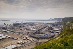 多弗,英国- 2014年4月12日:-多弗口岸,英国的最繁忙的港得到计划修建第三个终端 免版税图库摄影