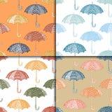 多彩多姿的伞的逗人喜爱的样式 无缝的套秋天 库存照片