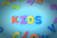 多彩多姿的信件美妙地被计划的题字孩子  与小插图的背景 免版税库存照片