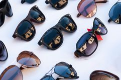 多彩多姿的太阳镜反射 库存照片