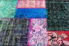 多彩多姿的旧布老地毯  图库摄影