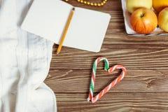 多彩多姿的棒棒糖的心脏 免版税库存图片