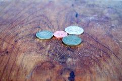 多彩多姿的硬币背景 免版税库存图片