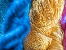 多彩多姿的自然丝绸 有机老挝人染料,Luang Phabang 免版税库存照片