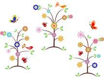 多彩多姿的花树,鸟,蝴蝶,瓢虫 免版税库存图片