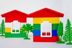 从多彩多姿的建设者的议院 儿童` s玩具 修造和设计 库存照片