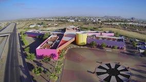 多彩多姿的CRIT大厦在埃莫西约,地面蛇,墨西哥 股票视频