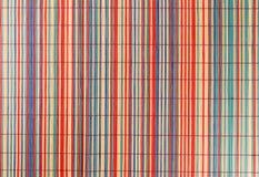 多彩多姿竹placemat的桌布 免版税库存图片