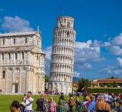 多数著名旅游胜地在比萨-斜塔-比萨意大利- 2017年9月13日 免版税库存图片