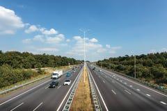 多条车道高速公路在荷兰 免版税图库摄影