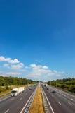 多条车道高速公路在荷兰 免版税库存照片