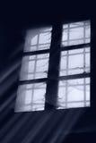多灰尘的老视窗 免版税库存图片