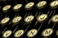多灰尘的设备打字机 免版税库存照片