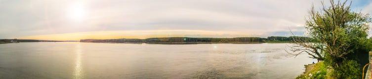 多瑙河的全景 免版税图库摄影