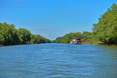 多瑙河的浮动旅馆 库存图片