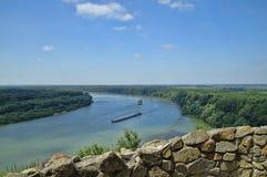 多瑙河码头河 免版税图库摄影