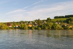 多瑙河银行帕绍 库存照片