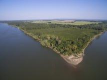 多瑙河鸟瞰图的海岛 免版税库存照片