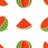 水多的整个西瓜和切片的样式在平的样式 免版税库存照片